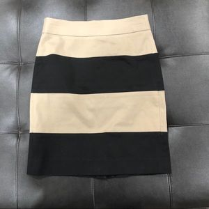 Banana Republic Black and Tan striped pencil skirt
